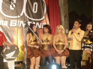 with trio macan